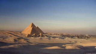 Kim tự tháp Giza Ai Cập